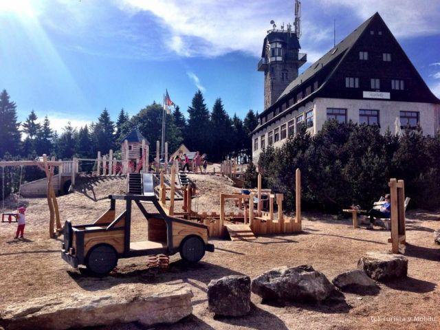 Rozhledna Královka | Chalupa Amálka výlety po Jizerských horách