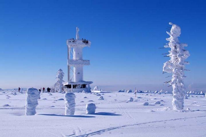 Rozhledna na Smrku | Zimní výlety po krásách Jizerských hor | Chalupa Amálka výlety po Jizerských horách