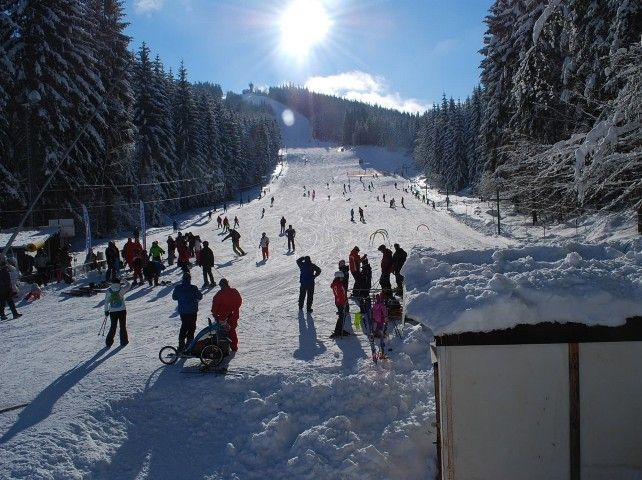 Ski areál Tanvaldský Špičák   Kam na lyže v Jizerských horách   Chalupa Amálka pronájem chalupy Jizerské hory