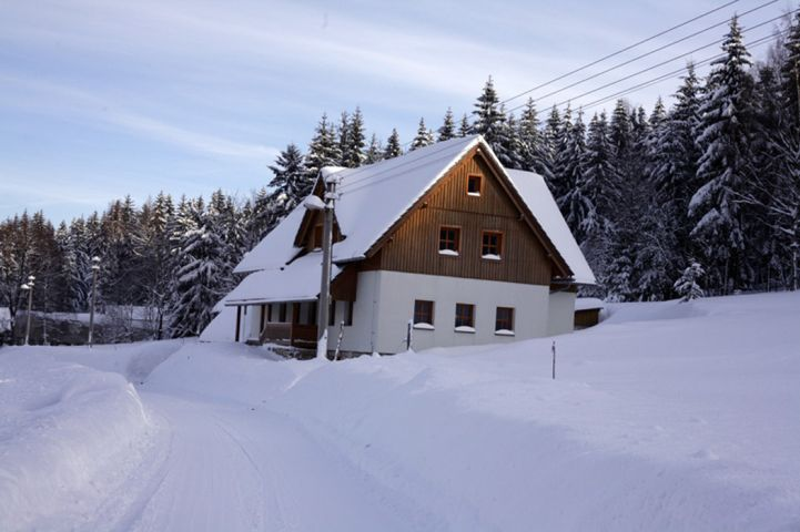 Když se zima s Amálkou nemazlí | Chalupa Amálka - pronájem chalupy v Jizerských horách