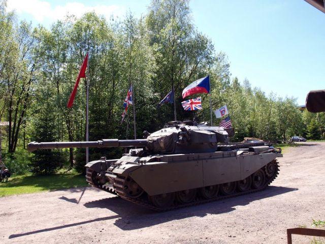 Muzeum vojenské techniky Smržovka | Jízdy tankem