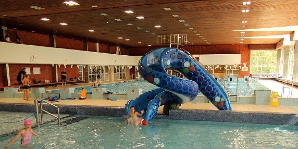 Dětské brouzdaliště a plavecký bazén v Jablonci nad Nisou