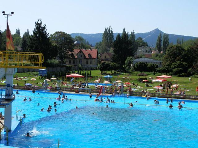 Letní koupaliště Vápenka Liberec | Pronájem chaty Jizerské hory